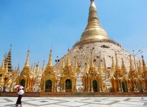 shwedagon-pagoda-holiday-girl