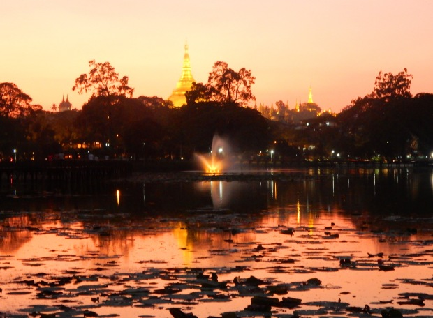 holiday_girl_5_things_to_do_yangon